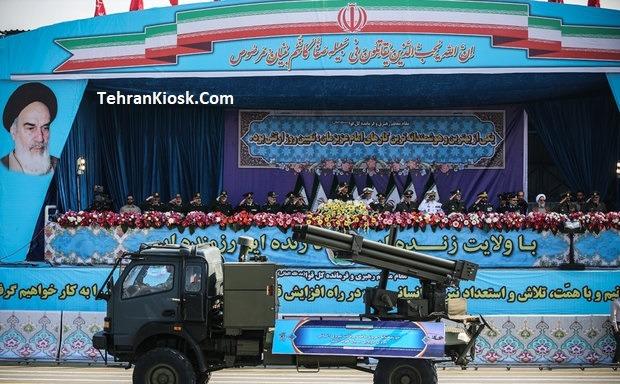 برگزار شدن مراسم روز ارتش با حضور فرمانده کل و جمعی از فرماندهان ارتش